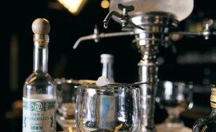 L'absinthe, l'art de la précision.