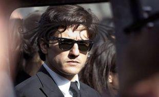 Paul Sollacaro accuse la police d'être responsable de la mort de son père Antoine, l'avocat corse assassiné le 16 octobre, et réclame une enquête parlementaire sur le fonctionnement de la Jirs, dans un entretien lundi au quotidien Le Parisien-Aujourd'hui en France.