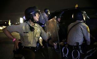 Un an après la mort de Michael Brown, une manifestation a dégénéré à Ferguson, le 9 août 2015.