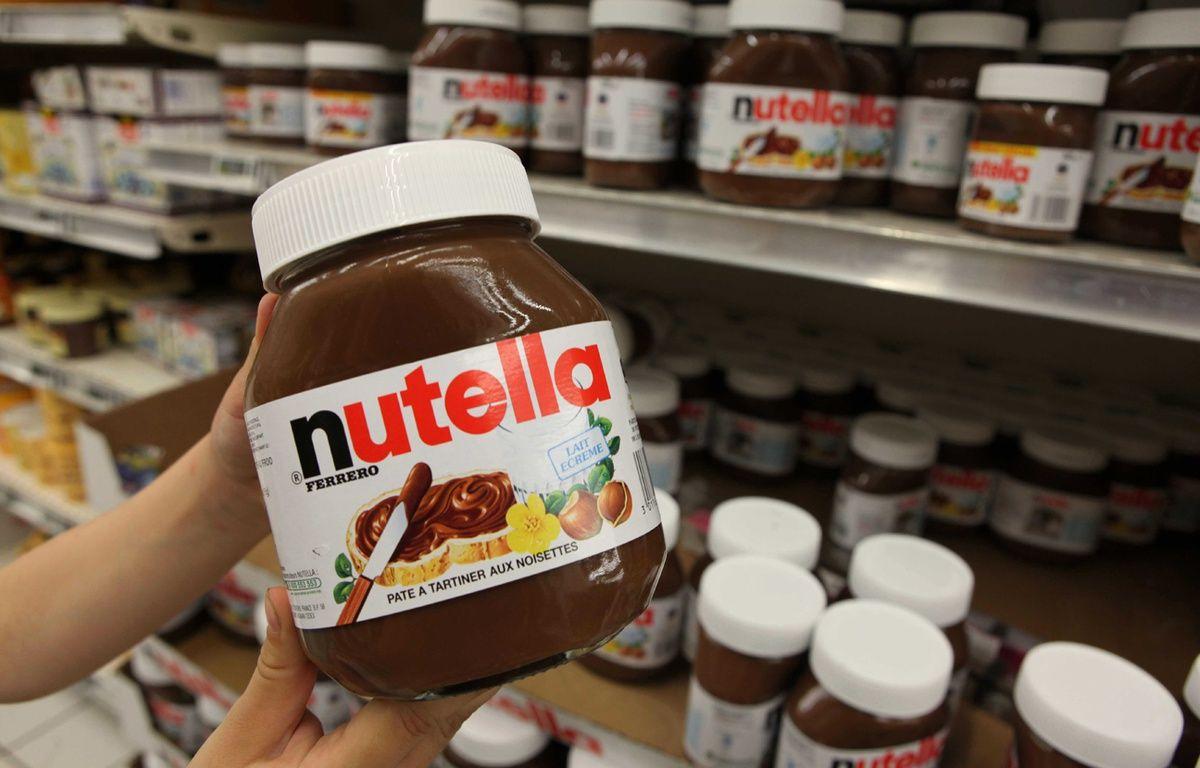 Illustration Nutella dans les rayons d'un supermarché. –  SIMON ISABELLE/SIPA