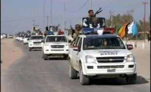 Le sort du chef d'une milice chiite locale était inconnu lundi matin, au lendemain de combats avec les forces irakiennes dans lesquels environ 300 miliciens ont été tués près de Najaf, au sud de Bagdad, ont indiqué les autorités locales.