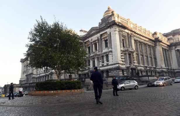 Marseille la justice autorise la remise la belgique d - Cour d appel aix en provence chambre sociale ...
