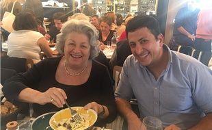 Roberta (à g.) et notre lecteur Khalil C. se partagent une assiette de ravioli