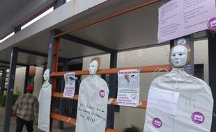 Les syndicats ont lancé un appel à la grève illimitée au centre Guillaume Régnier.