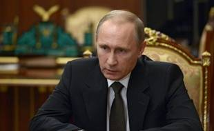 Le président russe Vladimir Poutine, le 17 novembre 2015 au Kremlin lors d'une rencontre après les résultats de l'enquête sur le crash dans le Sinaï