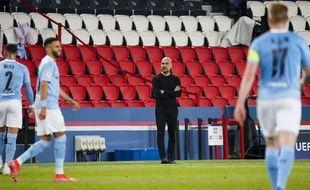 Pep Guardiola lors du match aller entre le PSG et Manchester City, le 28 avril 2021 au Parc des Princes.