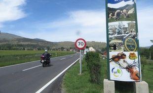 L'entrée de Llívia, enclave espagnole en France, le 9 juin 2016.