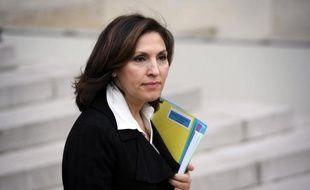 """La secrétaire d'Etat chargée de la Santé Nora Berra a exclu de démissionner du gouvernement après les révélations concernant le Mediator, car elle n'a """"aucun conflit d'intérêt"""" dans cette affaire, a-t-elle déclaré jeudi sur Canal+."""