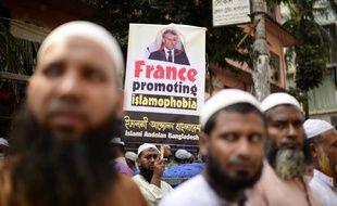 Les propos d'Emmanuel Macron sur la liberté de publier des caricature du prophète Mahomet ont provoqué une vague de manifestations à travers de nombreux pays musulmans.