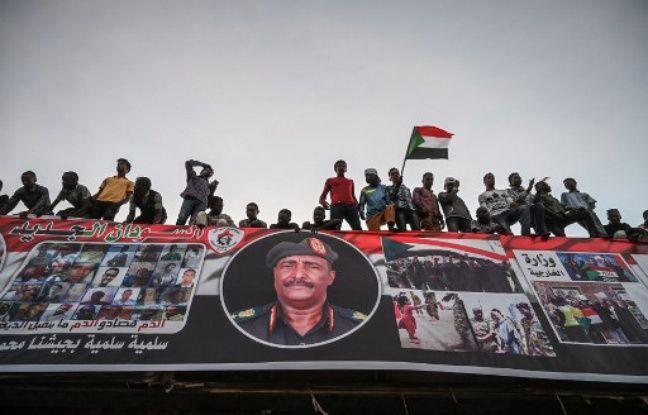 Au Soudan, le Conseil militaire s'engage «à transférer le pouvoir au peuple»