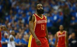 La star des Houston Rockets James Harden, le 24 avril 2015 à Dallas