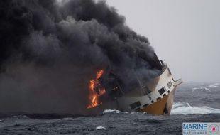 Le navire de commerce italien a coulé ce mardi dans le golfe de Gascogne.