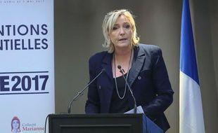 Marine Le Pen à Paris, 9 décembre 2016. Mandatory Credit: Photo by Alfonso Jimenez/REX/Shutterstock