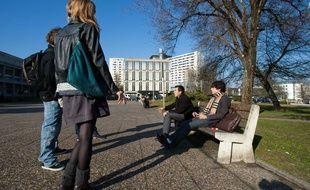 Des étudiantes de l'université de Bordeaux sollicitées pour participer à une étude sur l'infection chlamydia.