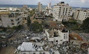 """Dans un discours télévisé, le chef de gouvernement du Hamas Ismaïl Haniyeh a également assuré que """"le peuple palestinien vaincra les chars"""" israéliens en cas d'incursion terrestre."""