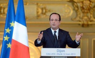 François Hollande en déplacement à Dijon (Côte d'Or), le 13 mars 2013