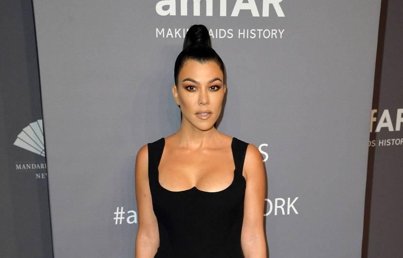 VIDEO. Kourtney Kardashian se bat contre la calvitie… Dyslexique, Orlando Bloom n'a pas pu participer au « Saturday Night Live »…