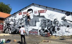 Restauration de la fresque en hommage à Steve Maia Caniço, lundi 18 mai 2020.