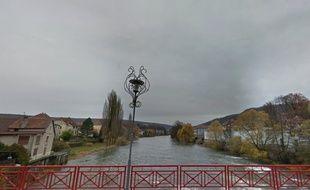 La nappe de fioul s'est déversée dans le Doubs dans la nuit de vendredi à samedi.