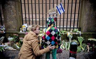 L'homme soupçonné d'être l'auteur des deux fusillades qui ont fait deux morts et cinq blessés à Copenhague est un Danois de 22 ans.