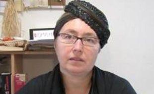 Céline Robert, créatrice de chapeaux au Mans, est en compétition pour les International microfinance awards.