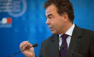 Le ministre de l'Education nationale Luc Chatel a annoncé lundi qu'il voulait accélérer, dès la session 2012, les sanctions contre les fraudeurs au baccalauréat, pour qu'elles soient prises en juillet et non en septembre comme c'est le cas aujourd'hui.