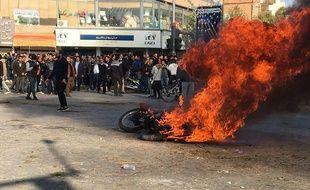 L'annonce de l'augmentation du prix de l'essence a donné lieu à de violentes manifestations, le 16 novembre 2019, en Iran.