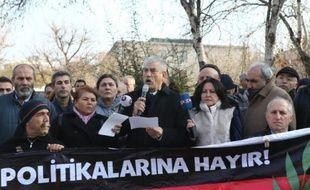 Syndicats et politiques manifestent le 19 décembre 2015 à Ankara contre les opérations anti-PKK