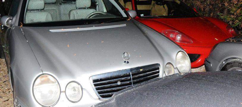 Une partie des véhicules retrouvés lors des perquisitions