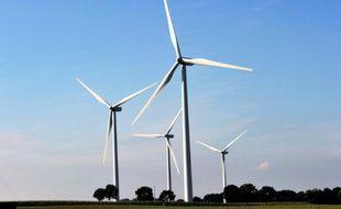 Des éoliennes à Conchy-sur-Canche (Pas-de-Calais), le 13 juin 2016
