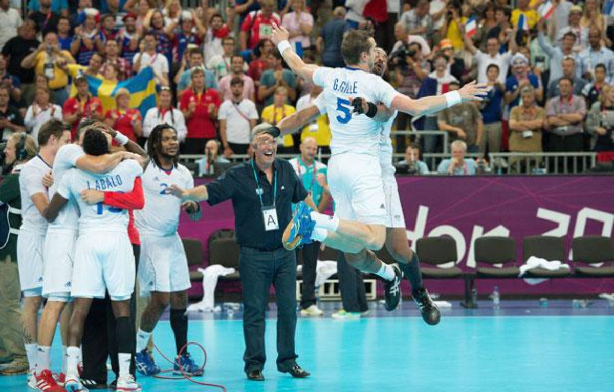 Guillaume Gille célèbre avec Didier Dinart le titre olympique à Londres, le 12 août 2012 – CHAMUSSY/NIVIERE/SIPA