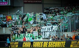 Les supporters de Saint-Etienne lors d'un match à Guingamp, le 9 août 2014.