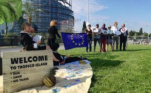 Le faux paradis fiscal installé par trois ONG vise à sensibiliser à l'évasion fiscale, auprès des députés européens et des citoyens.