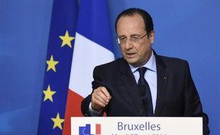 Francois Hollande en conférence de presse le 27 mai 2014 à Bruxelles