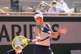 Barbora Krejcikova est opposée à Anastasia Pavlyuchenkova en finale de Roland-Garros, le 12 juin 2021.