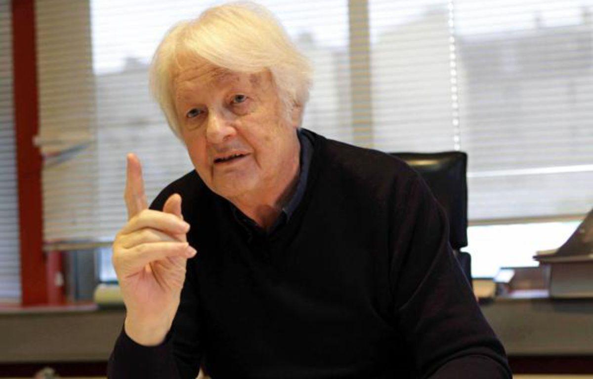 Philippe Even, Dirigeant de l'Institut Necker dans son bureau. Paris,le 10 janvier 2011. – SIMON ISABELLE/SIPA