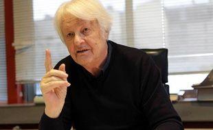 Philippe Even, Dirigeant de l'Institut Necker dans son bureau. Paris,le 10 janvier 2011.