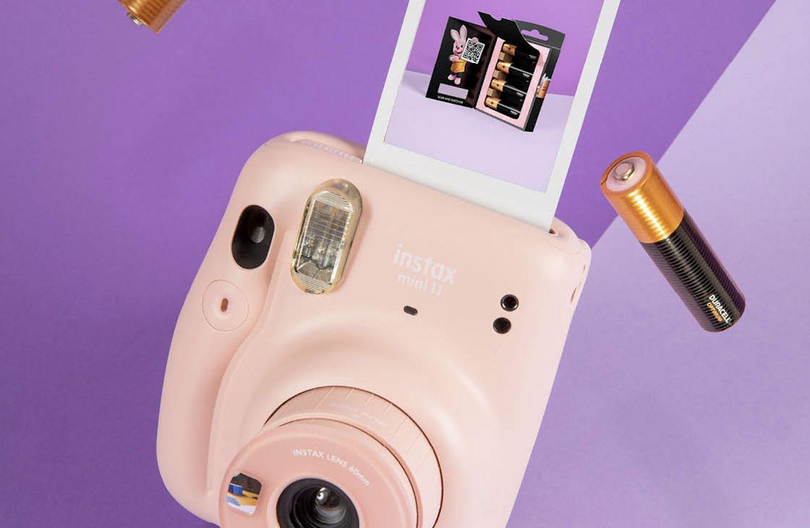 Selon Duracell, la pile Optimum permet de prendre 200 photo de plus avec l'Instax Mini 11 de Fujifilm.