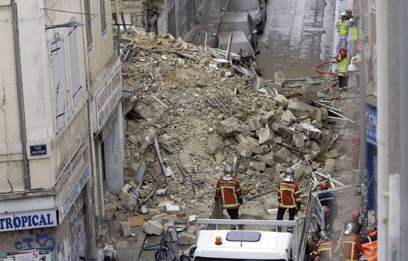 """Résultat de recherche d'images pour """"image de l'effondrement des immeubles de marseille"""""""