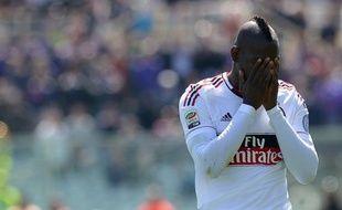 L'attaquant de l'AC Milan Mario Balotelli a été suspendu trois matches par la commission de discipline de la Ligue italienne de football (Lega), mardi, pour une injure à un arbitre assistant.