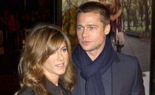 """Jennifer Aniston et Brad Pitt, au temps du bonheur, lors de la première de """"Polly et moi"""" à Hollywood, le 12 janvier 2004."""
