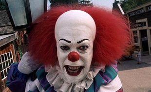 Combien d'enfants ont été traumatisés par Tim Curry en clown dans les années 90?