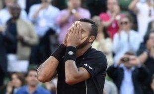 Jo-Wilfried Tsonga à l'issue du match l'opposant au Japonais Kei Nishikori le 2 juin 2015 à Roland-Garros à Paris