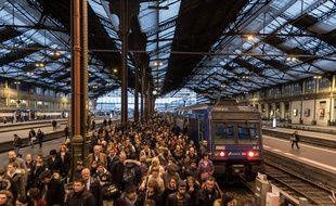 La gare de Lyon à Paris lors du premier jour de la grève SNCF.