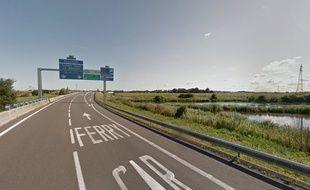 Un motard mortellement percuté par une voiture près de Calais.