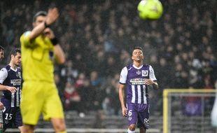 Le défenseur du TFC William Matheus lors du match de Ligue 1 contre Saint-Etienne, le 28 février 2015 au Stadium de Toulouse.