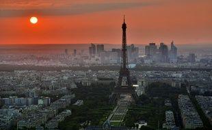 A moins d'avoir un refuge utopique, Paris ne sera pas le pire des refuge en cas de chaos, catastrophe ou d'effondrement de la société.