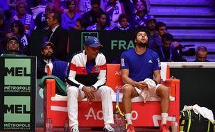 Yannick Noah et Jo-Wilfried Tsonga lors de la finale de la coupe Davis