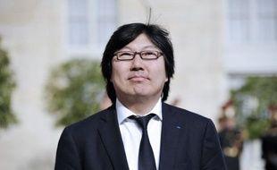 Jean-Vincent Placé, président du groupe EELV au Sénat, a demandé vendredi, jour d'ouverture de la conférence environnementale, qu'il soit, dans trois ans, interdit de circuler avec des voitures diesel dans les grandes villes.