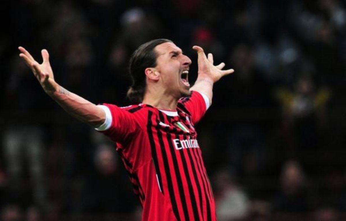 Le transfert de Zlatan Ibrahimovic au Paris Saint-Germain va en faire le joueur le mieux payé de Ligue 1, avec environ 14 millions d'euros nets d'impôts par an, mais l'ardoise va être bien plus salée pour le PSG, selon des avocats interrogés par l'AFP. – Giuseppe Cacace afp.com